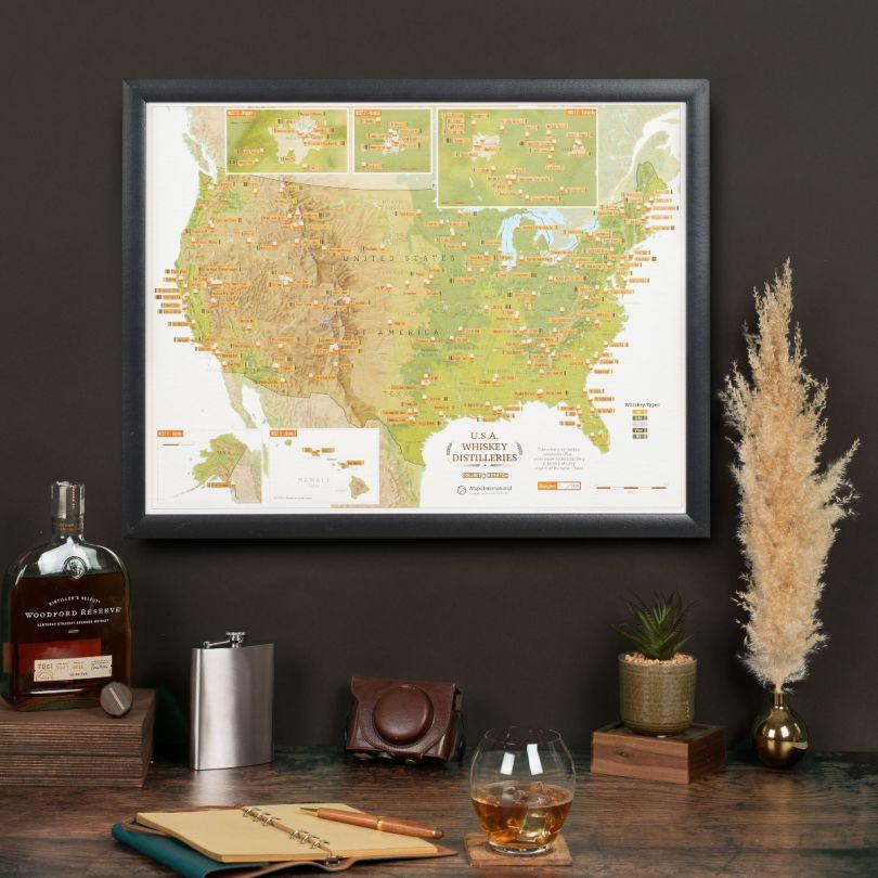 Scratch Off USA Whiskey Distilleries Print (Pinboard & wood frame - Black)